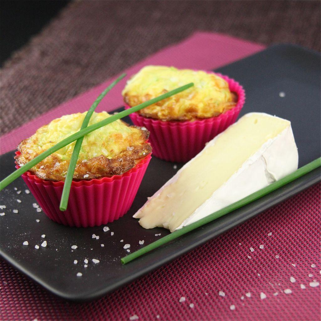 Mini cukkínikosárka brie sajttal