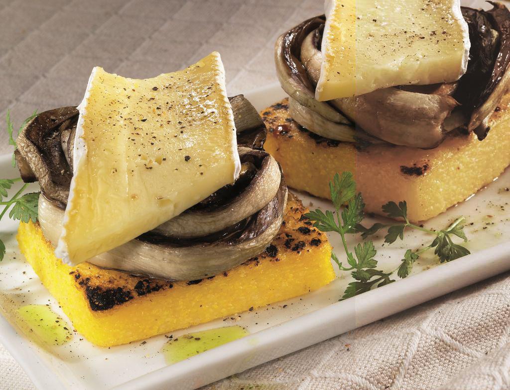 Polenta meleg brie sajttal